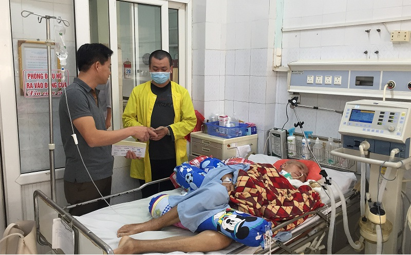 Tramexco Thanh Hóa trao quà cho bệnh nhân nghèo đang điều trị tại BVĐK tỉnh Thanh Hóa